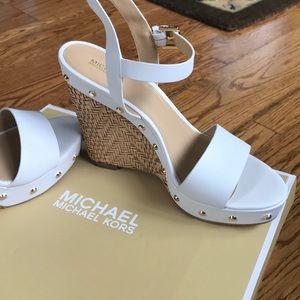 BNIB!* Michael Kors White Platform Studded Sandals